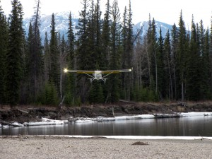 Alan Negrin & N944SP landing on a gravel bar on the Kachika River, B.C.